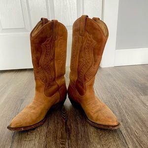 Boulet Cowboy boots in GUC